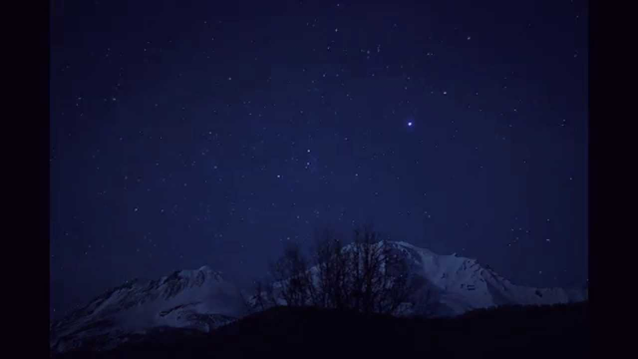 Time Lapse of the stars over Mt. Shasta