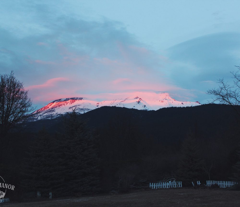 VIDEO: Alpenglow over Mount Shasta