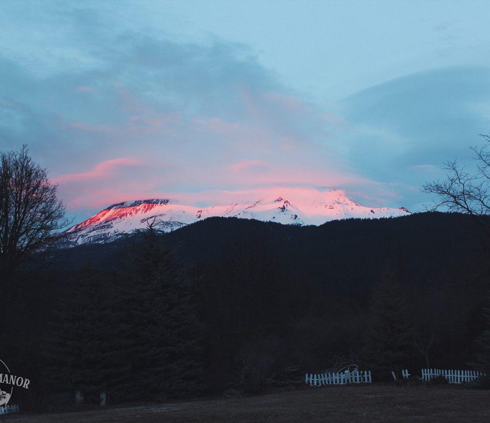 VIDEO: Alpenglow over Mount Shasta